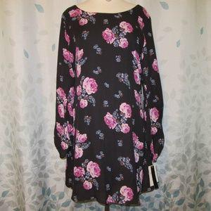 Speechless Lace Back Dress - Large - NWT